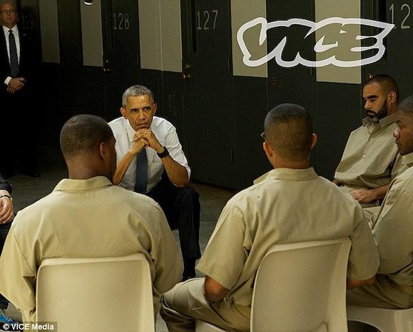 Obama-Visits-Prison1